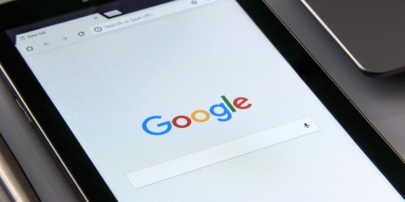 wyszukiwarka Google mobilna